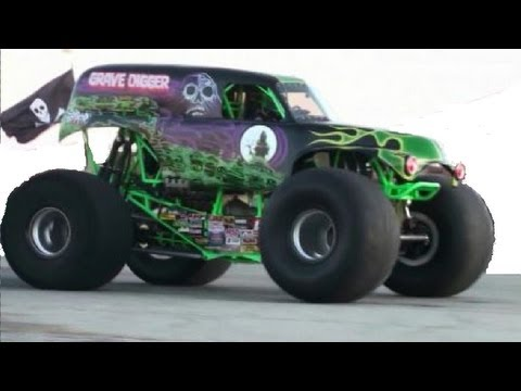 The Grave Digger Leaves The Monster Truck Course And Takes On The Drag Strip