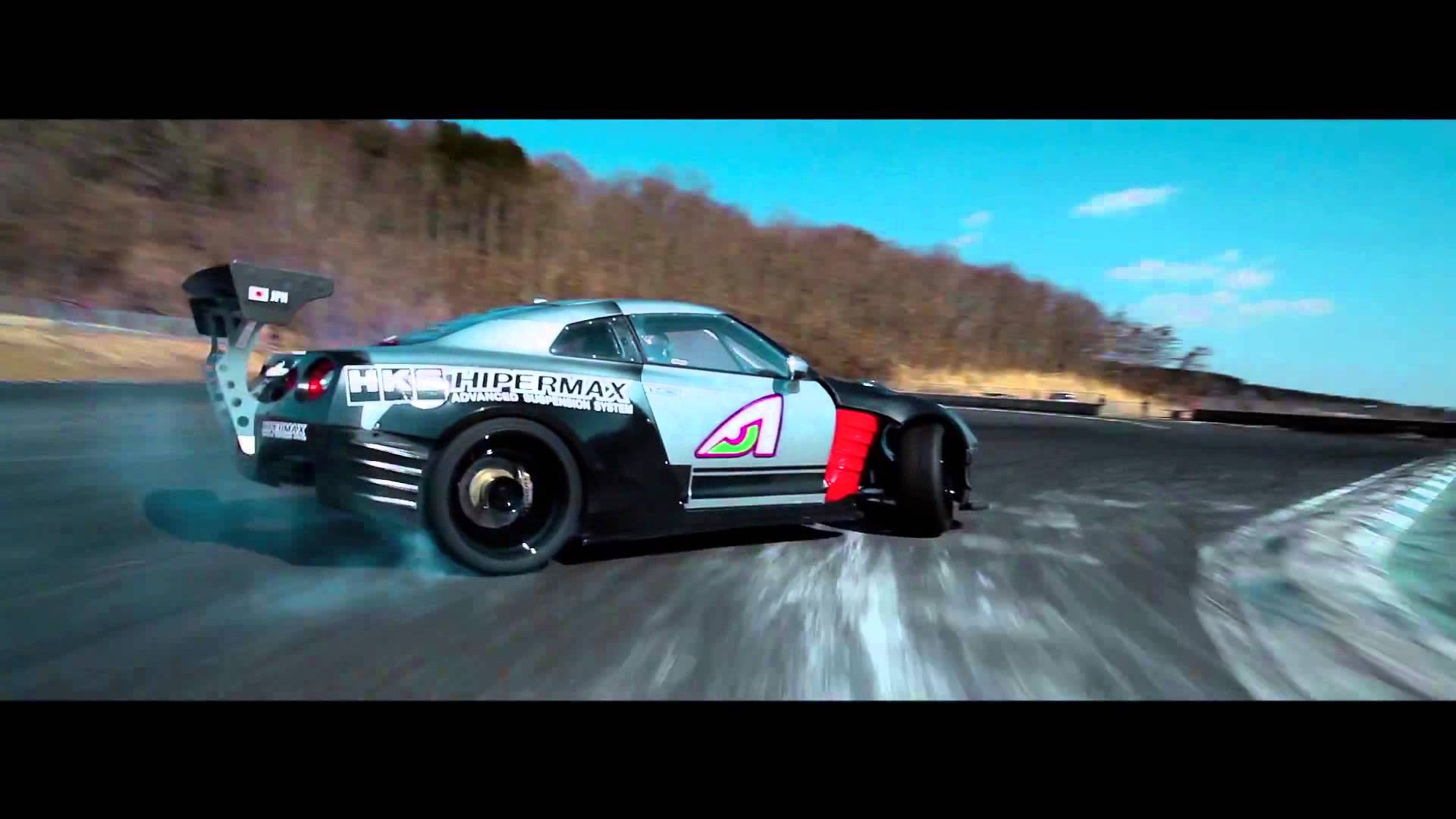 when-you-see-how-this-gt-r-r35-drift-you-ll-be-absolutely-amazed Fascinating Porsche 918 Spyder Blue Flame Exhaust Cars Trend