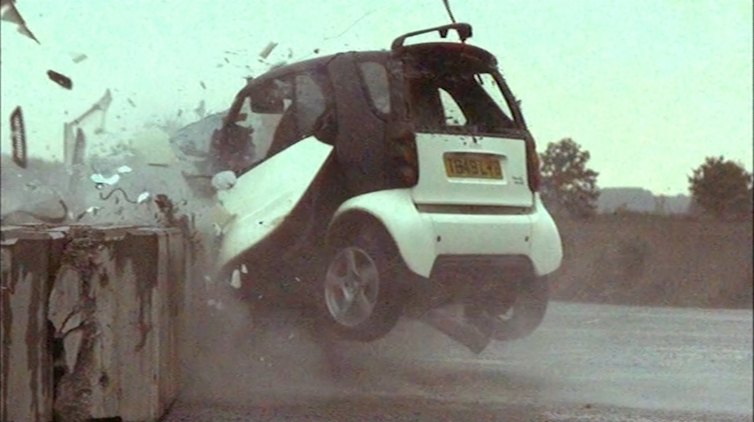 Horrific Crash Test Says Driving Smart Cars Ain T So After All Or Does It