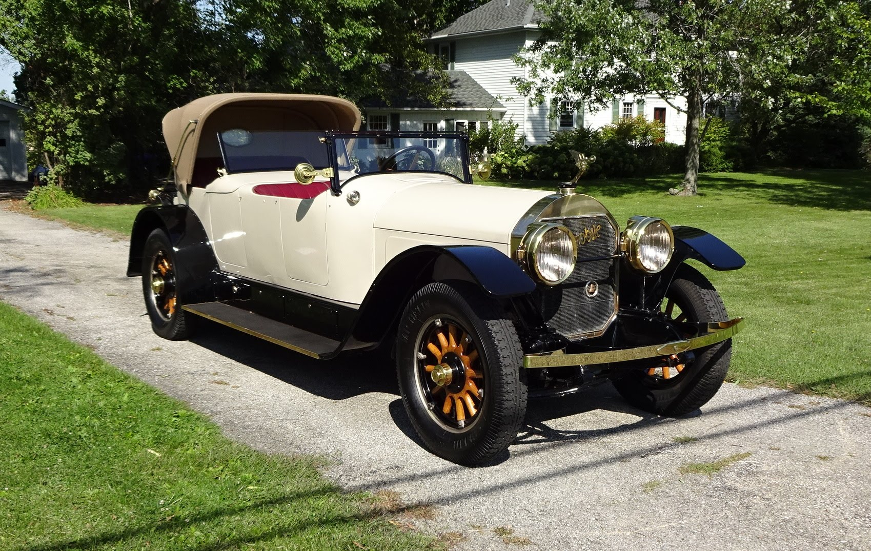 Check Out This 1920 Locomobile Model 48 Hitting The Road