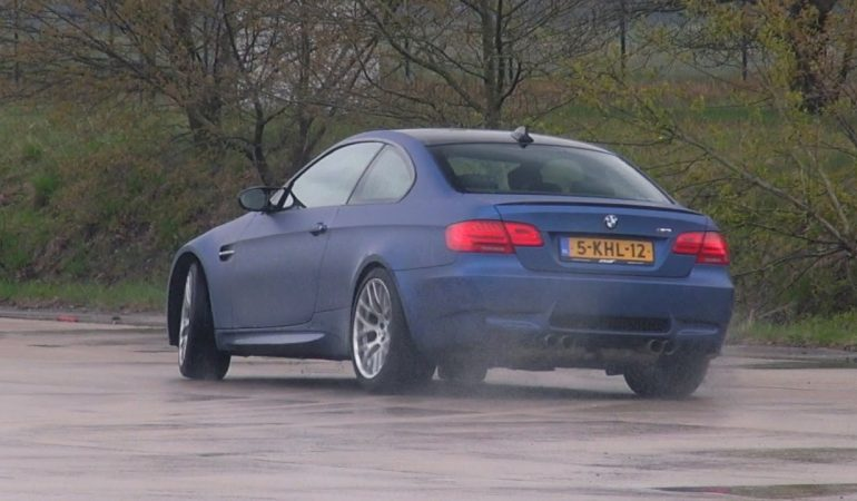 Bmw M3 E92 Trying To Drift