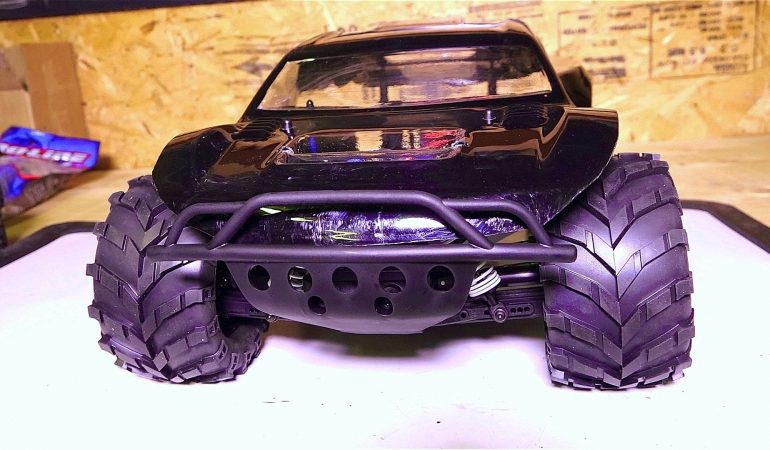 RC 4x4 Traxxas Slash Proline Masher Tire Fitted RC Buggy ...